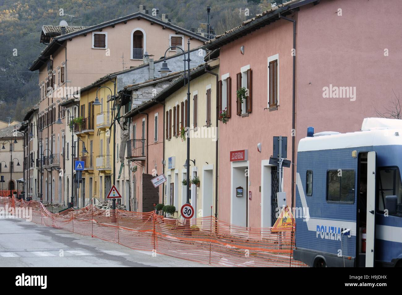 Earthquake in Center Italy, November 2016,  damaged and evacuated houses in Visso town (Marche region) - Stock Image