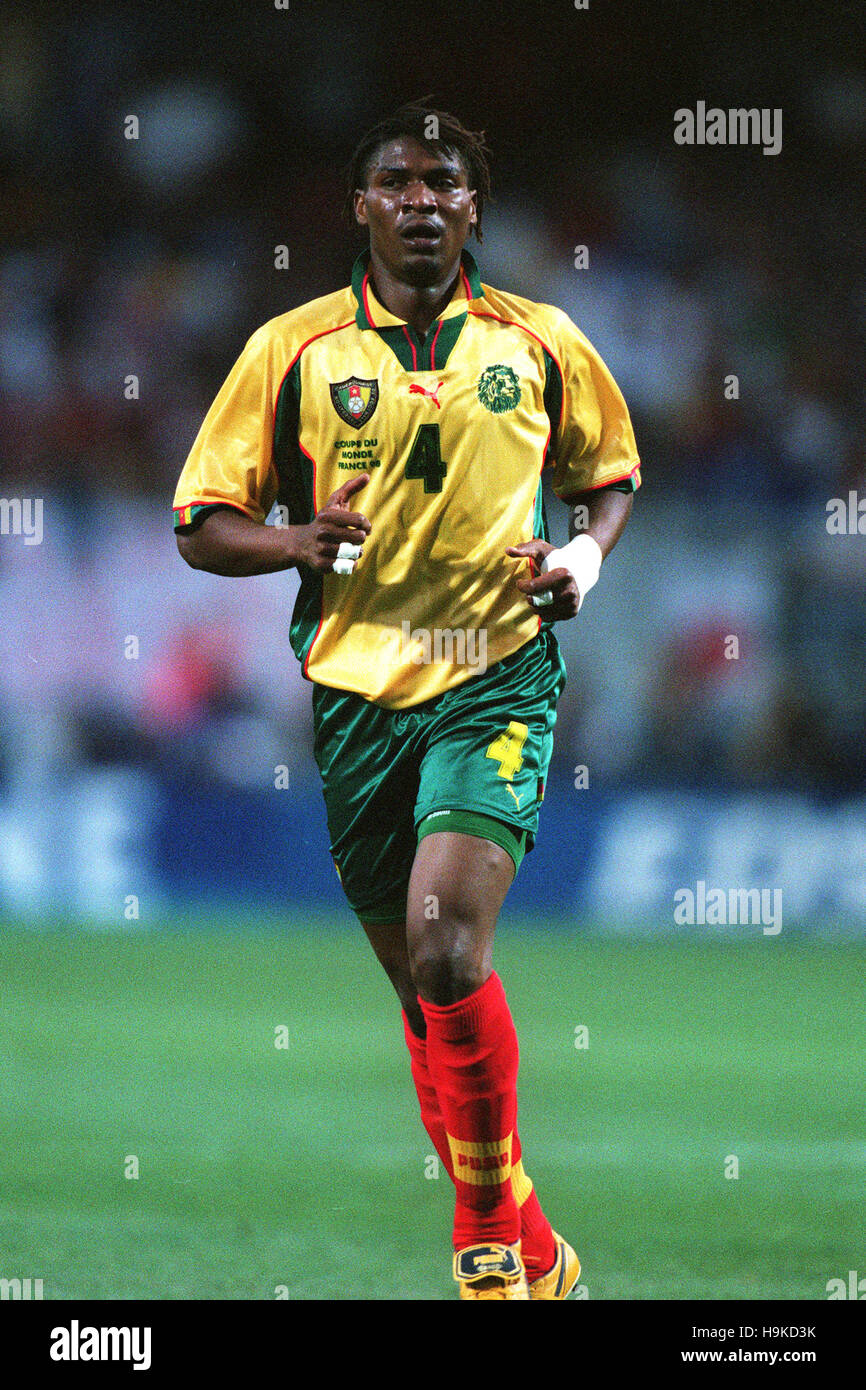 RIGOBERT SONG CAMEROON 17 June 1998 - Stock Image