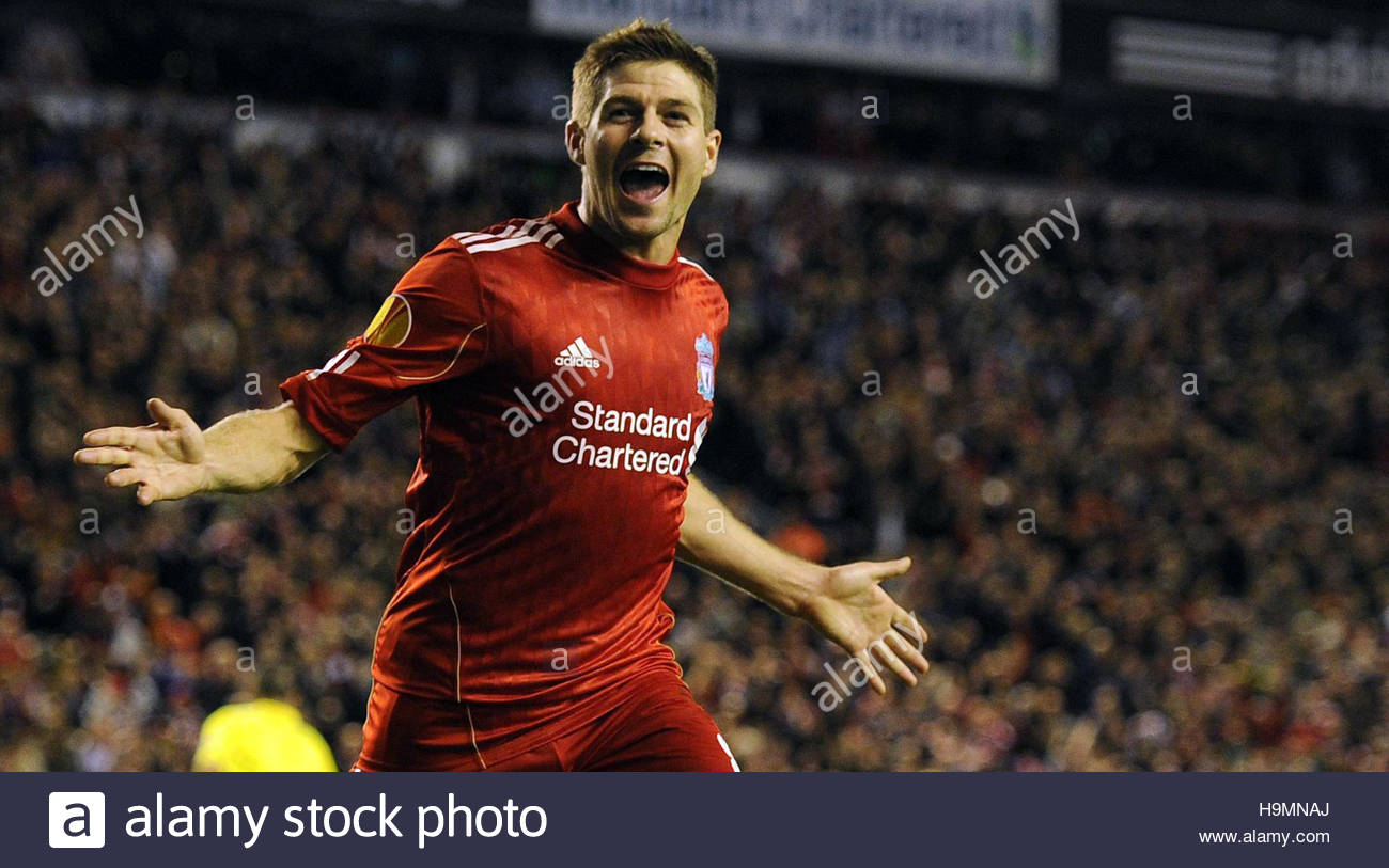 a68eb16bc0482 File photo dated 04-11-2010 of Steven Gerrard wheels away in celebration  after
