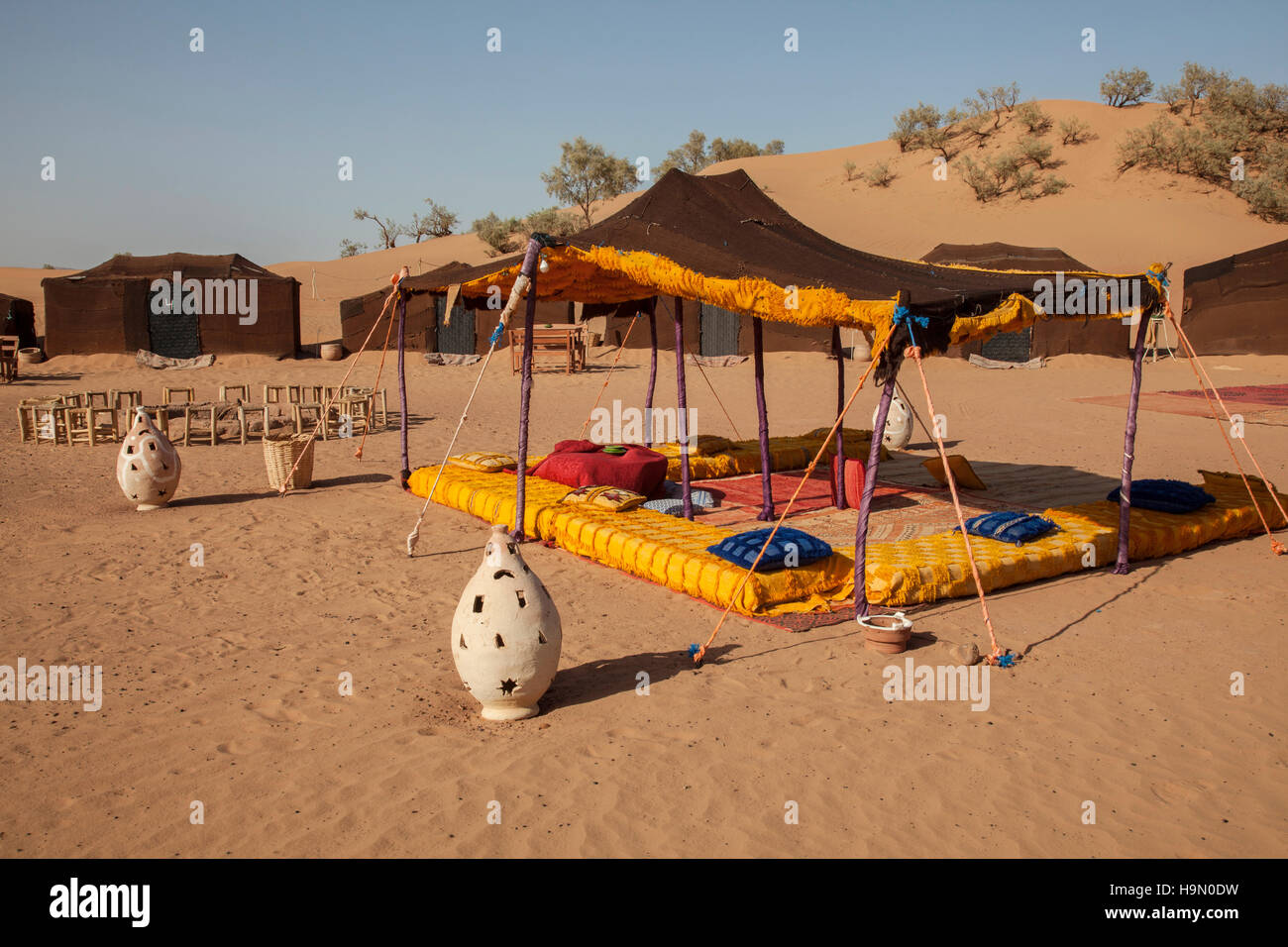 Campsite in the Sahara Desert - Stock Image