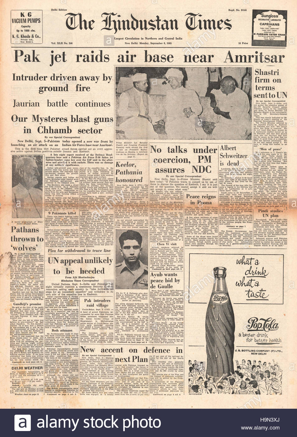 1965 Hindustan Times front page Indo-Pakistani War - Stock Image