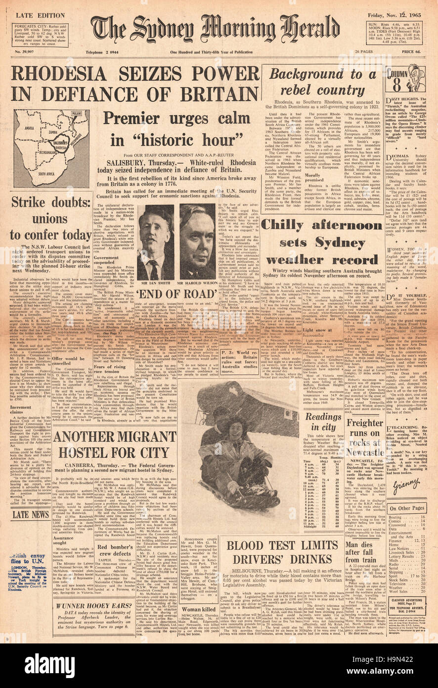 1965 Sydney Morning Herald front page Rhodesia signs UDI deal and declares independence - Stock Image