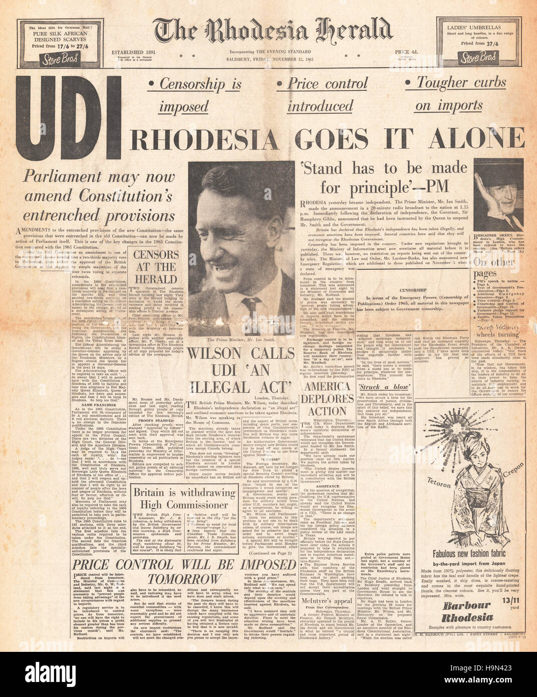 1965 Rhodesia Herald front page Rhodesia signs UDI deal and declares independence - Stock Image