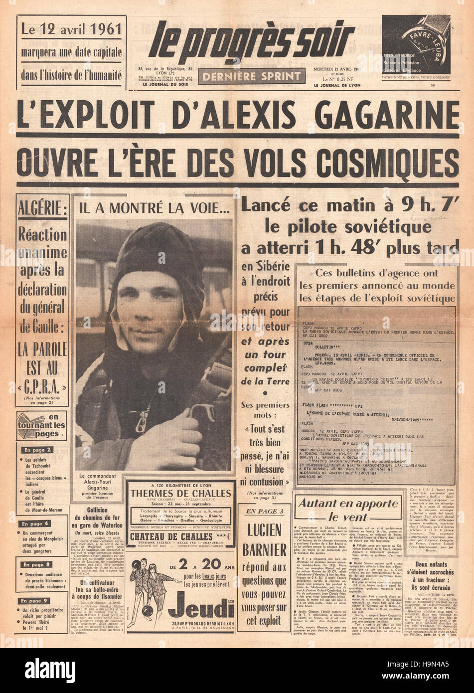 1961 Le Progres Soir (France) front page Yuri Gagarin is first man in space - Stock Image
