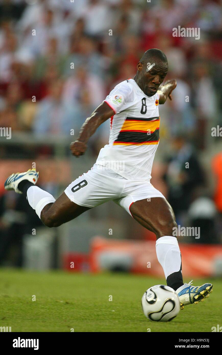 ANDRE ANGOLA & KUWAIT SC WORLD CUP COLOGNE GERMANY 11 June 2006 - Stock Image