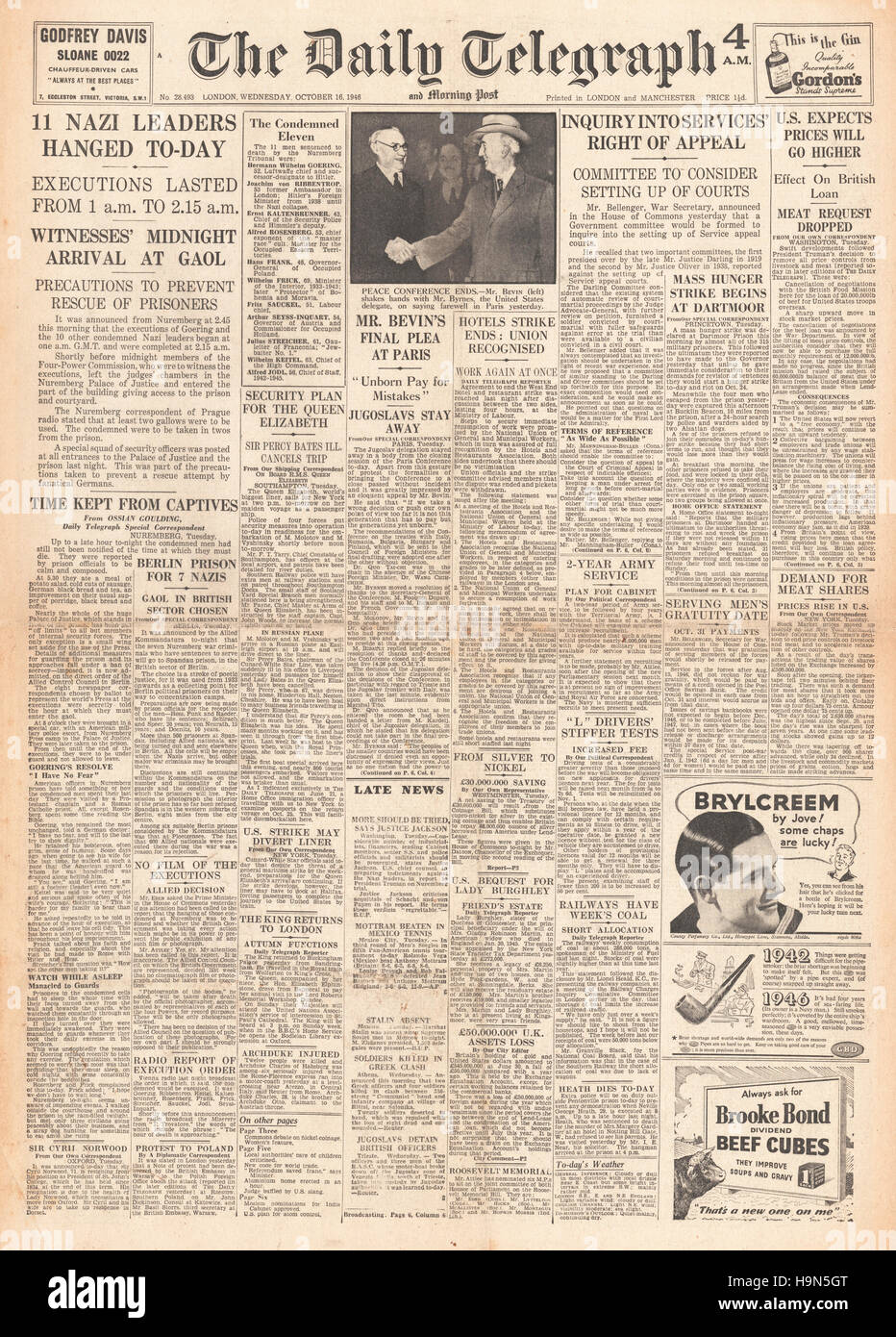 1946 Daily Telegraph front page Nazi leaders sentenced to death Stock Photo