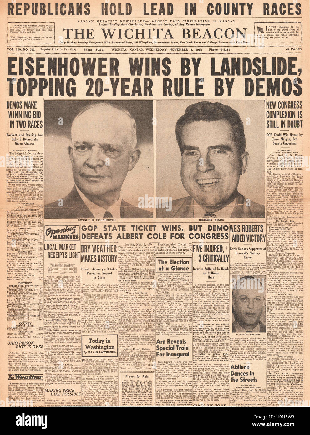 1952 Wichita Beacon (USA) front page Dwight D Eisenhower elected 34th President of the United States - Stock Image