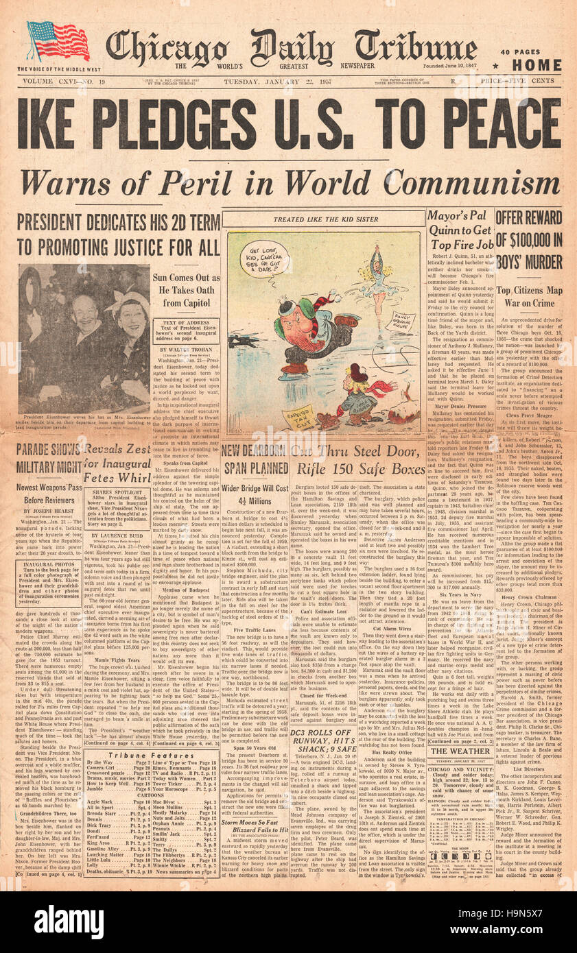 1957 Chicago Daily Tribune (USA) Eisenhower inaugural speech on the peril of world communism - Stock Image