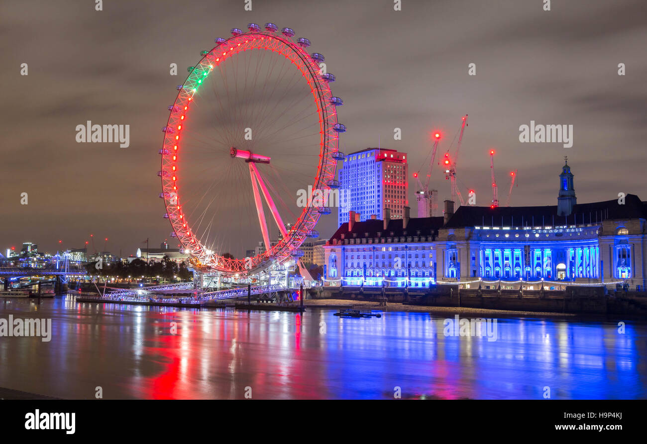 London, United Kingdom-November 12, 2016 : The London County hall is the site of business and attraction on the - Stock Image