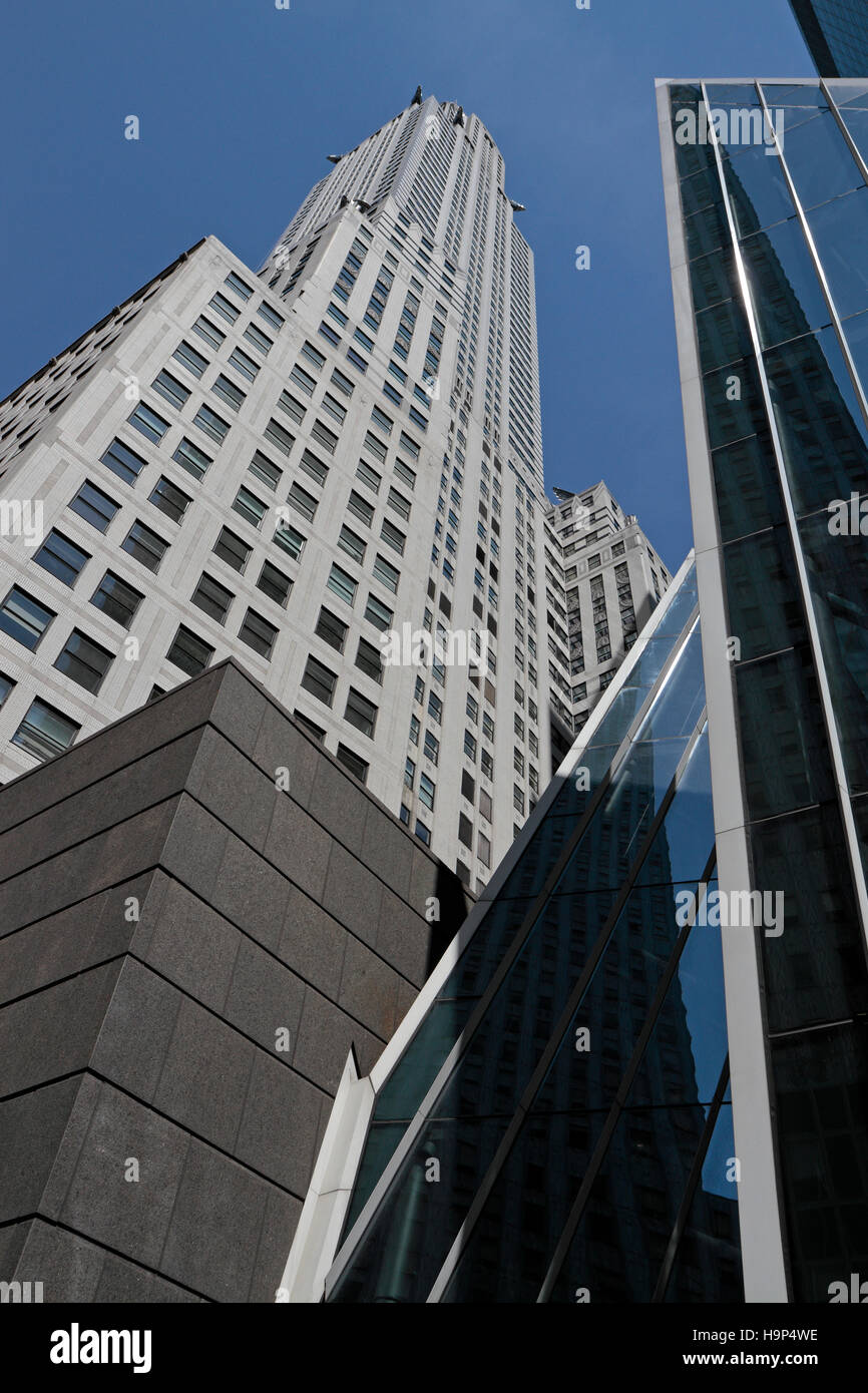 Looking up at the Chrysler Building, Lexington Avenue, Manhattan, New York City, United States. - Stock Image