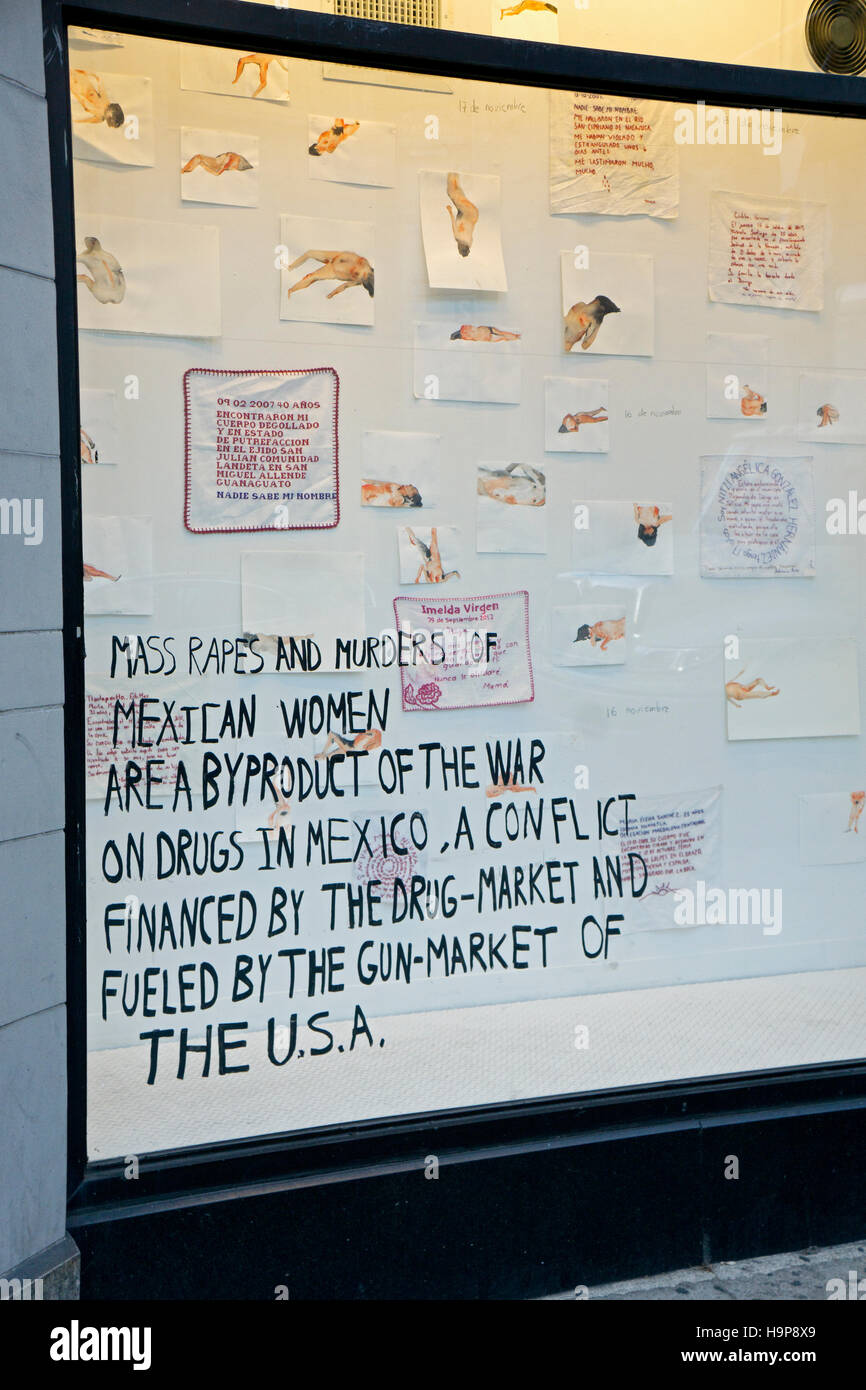Art display at Broadway Windows in Greenwich Village demonstrating against the rapes & killing of Mexican women - Stock Image