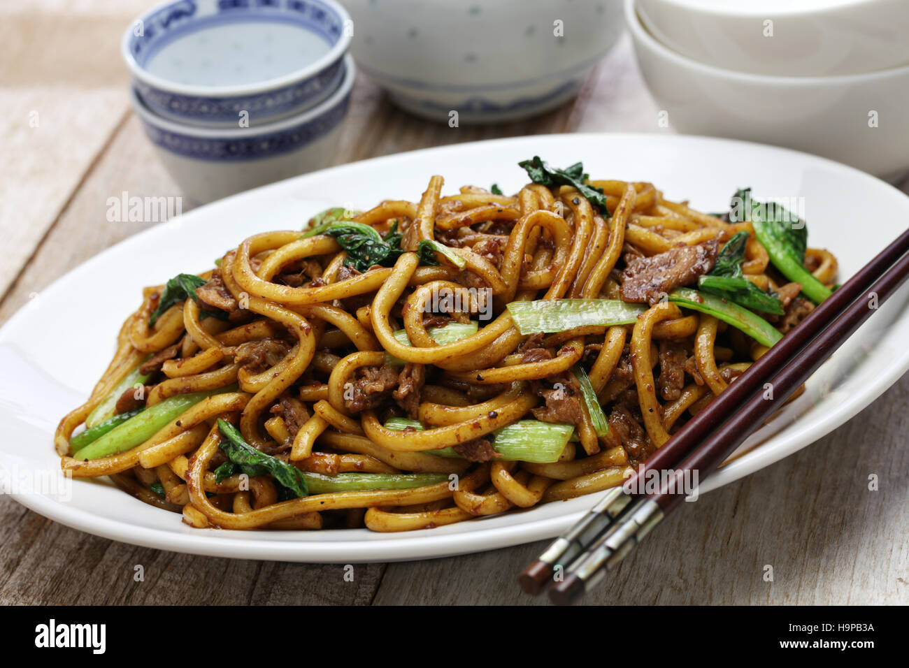 Shanghai fried noodle, Shanghai chow mein, chinese food