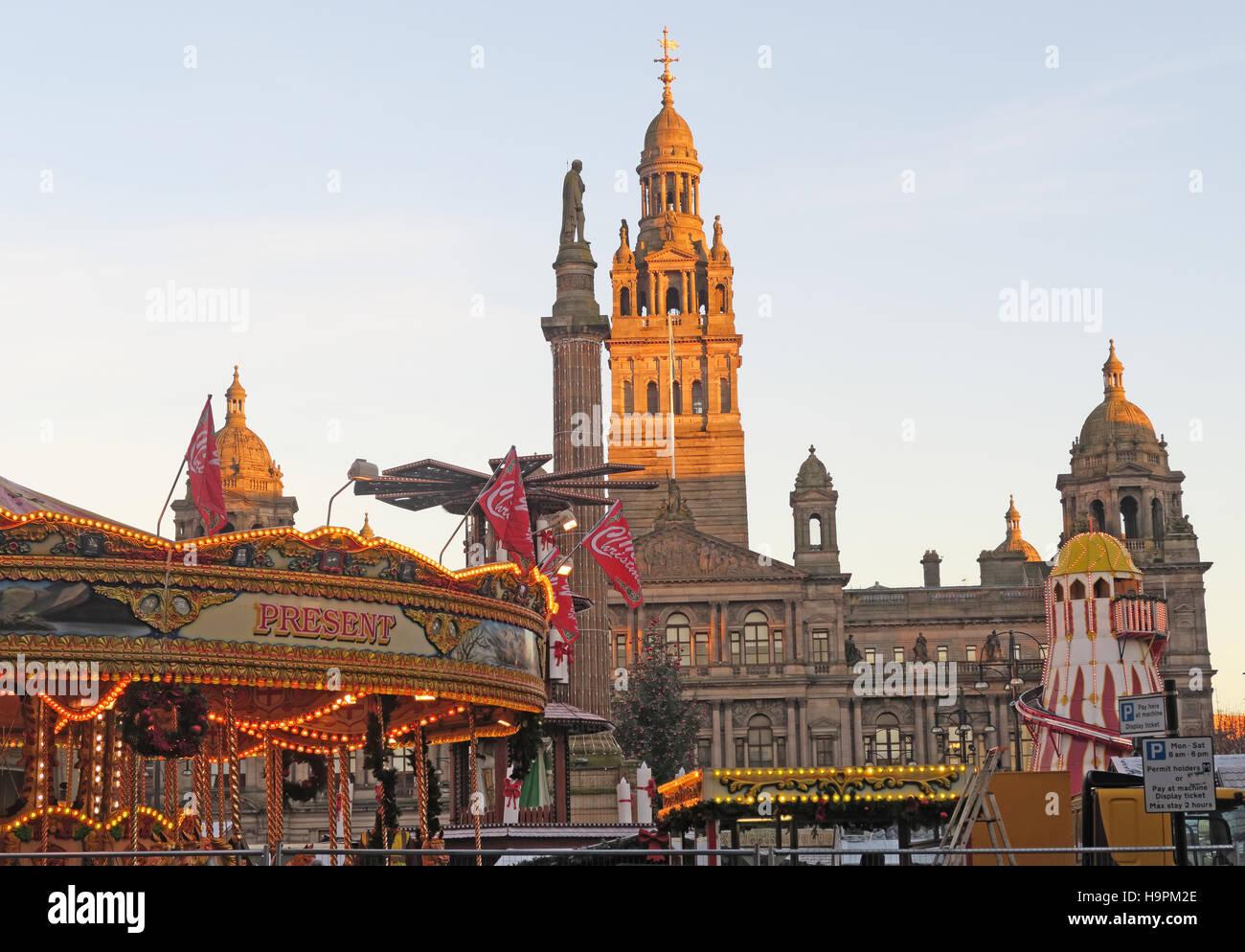 George Square Glasgow at Christmas - Fairground and continental market, Scotland, UK Stock Photo
