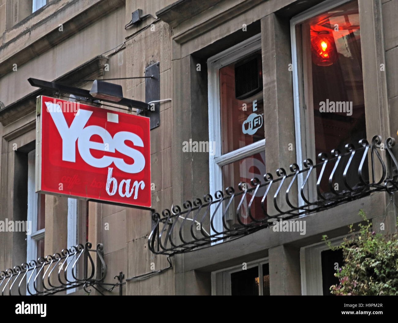 Scottish Indy Yes Bar,Glasgow,Scotland,UK - Vote Yes to a 2nd UK referendum - Stock Image