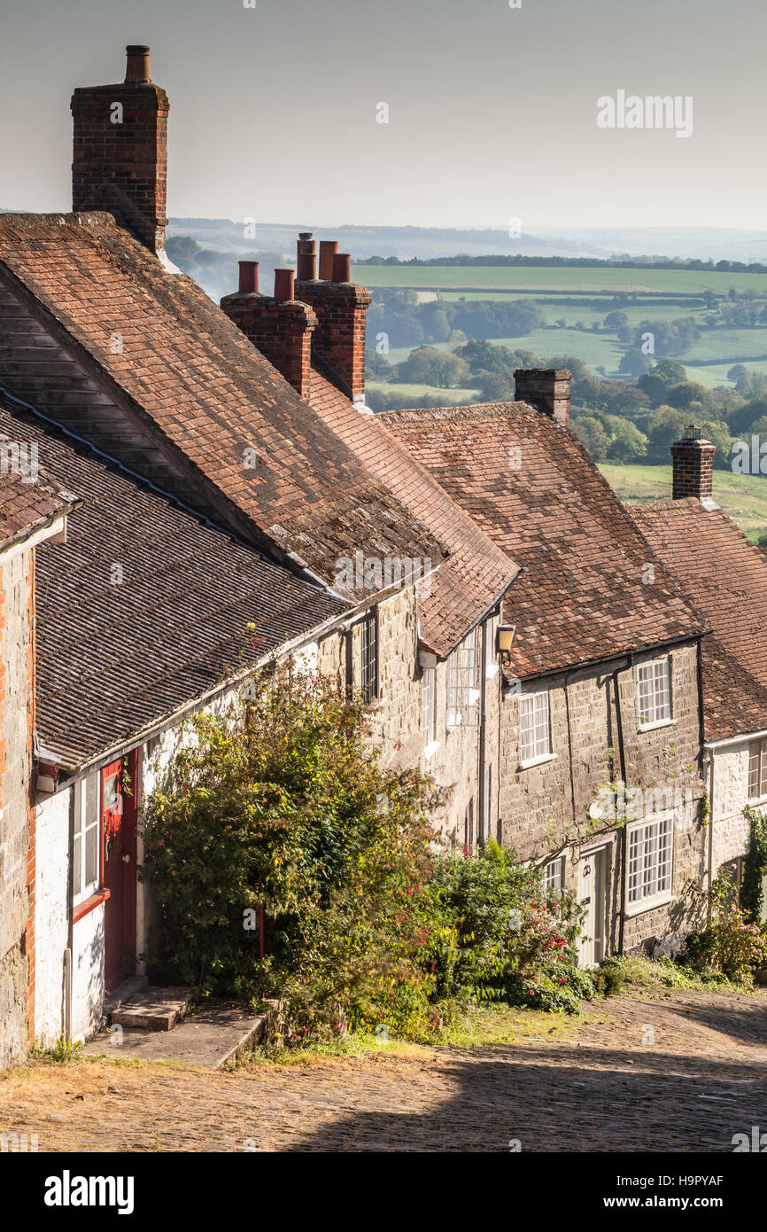 The famous Gold Hill in Shaftesbury, Dorset. - Stock Image