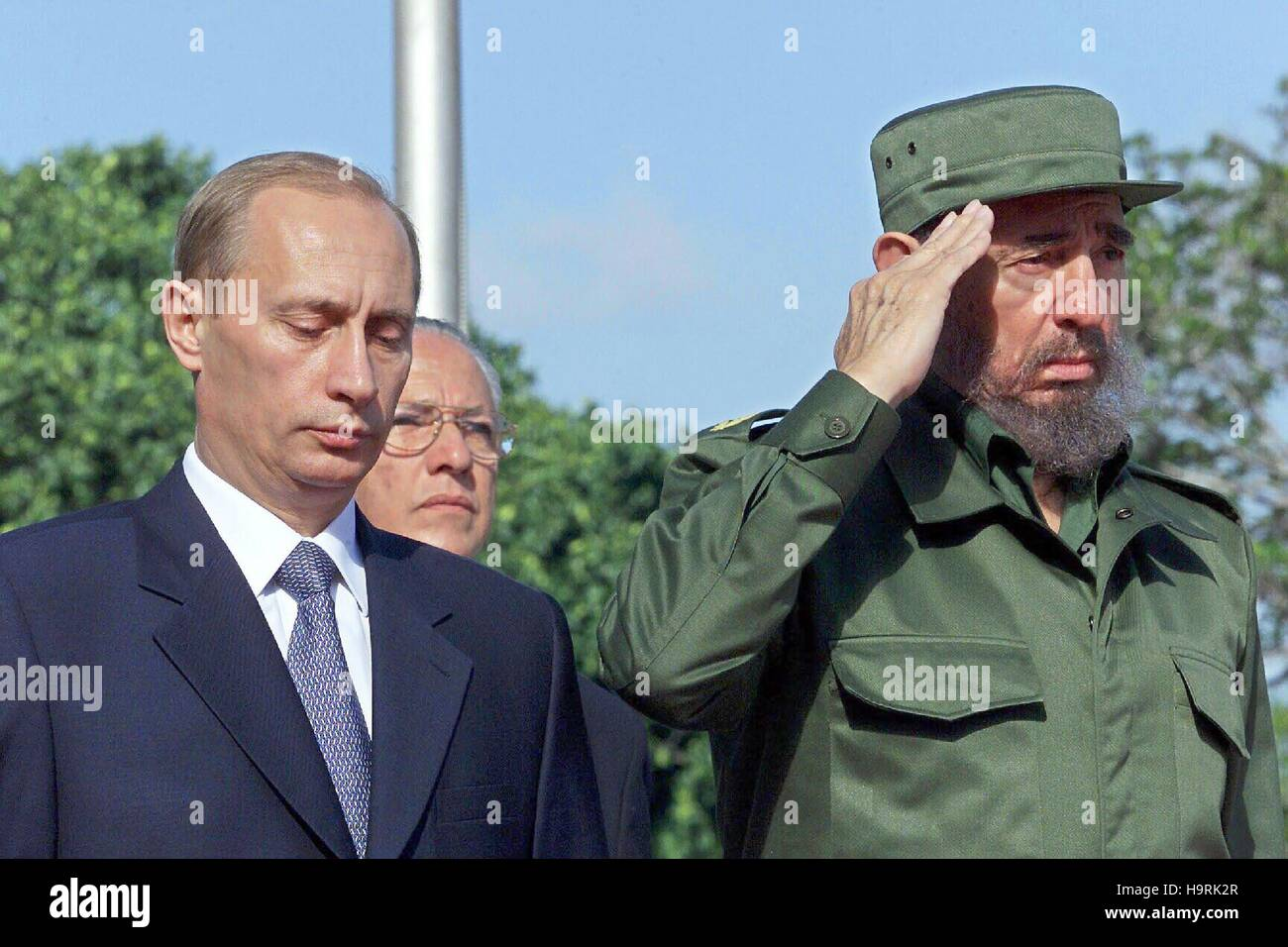 Fidel Castro, pictured with Russian President, Vladimir Putin, at the 'Palace of the Revolution,'. Putin - Stock Image