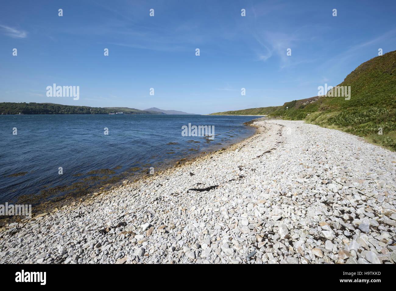 Shingle beach at Sound of Islay, Isle of Jura, Inner Hebrides, Scotland, United Kingdom - Stock Image