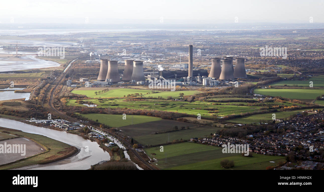aerial view of Fiddlers Ferry Power Station, Widnes, UK Stock Photo