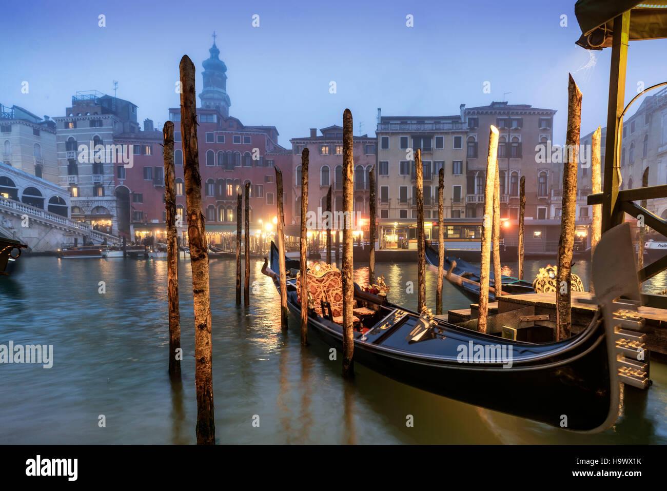 Gondola near Rialto bridge , Canal Grande at dusk, fog, gondola,  Venedig, Venezia, Venice, Italia, Europe, - Stock Image