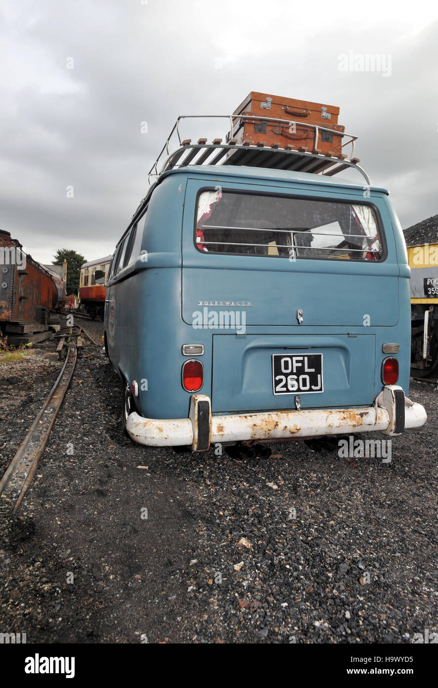 1971 Volkswagen Bus High Resolution Stock Photography And Images Alamy