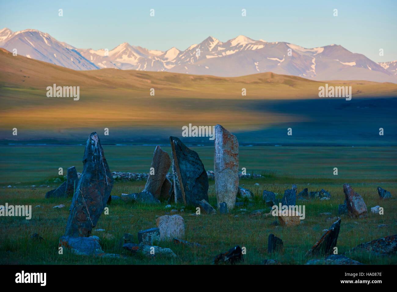 Mongolia, Bayan-Ulgii province, western Mongolia, National parc of Tavan Bogd, deer stone, funeral site, monolithic - Stock Image