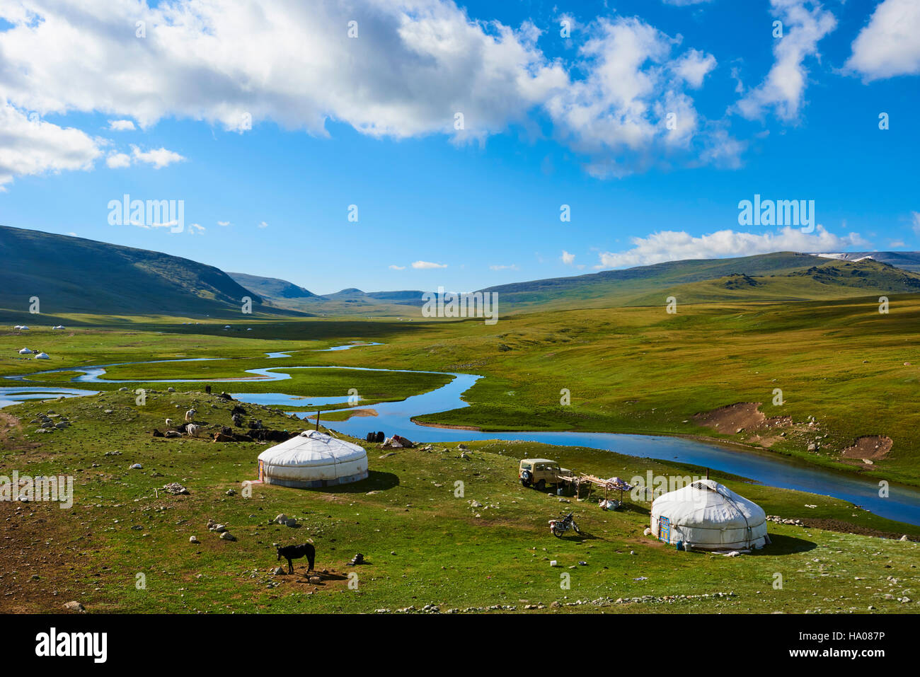 Mongolia, Bayan-Ulgii province, western Mongolia, National parc of Tavan Bogd, nomad camp of Kazakh people in Altay - Stock Image