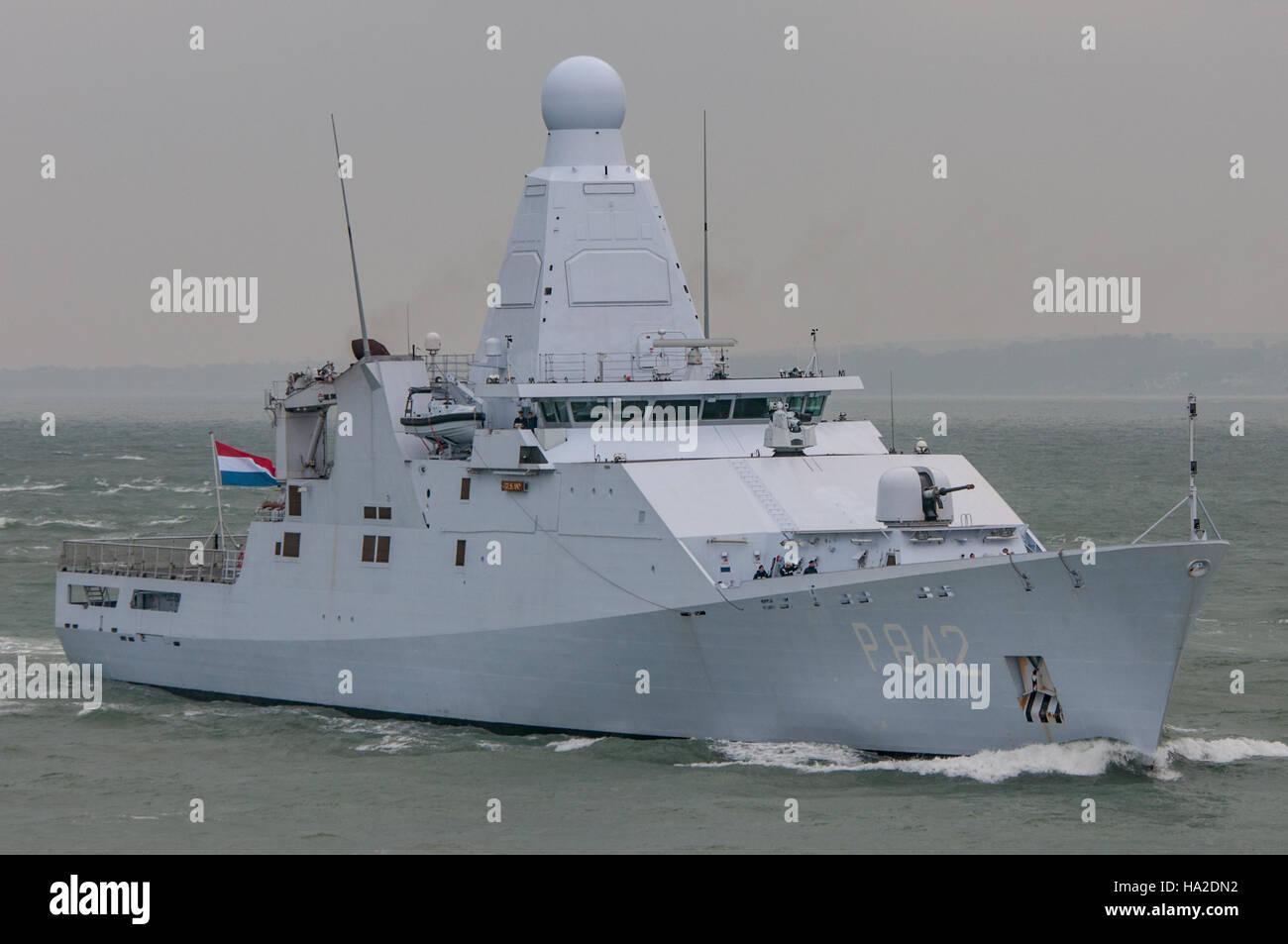 The Dutch Navy (Koninklijke Marine) patrol vessel, HNLMS Friesland (P842) arriving at Portsmouth, UK on the 21st - Stock Image