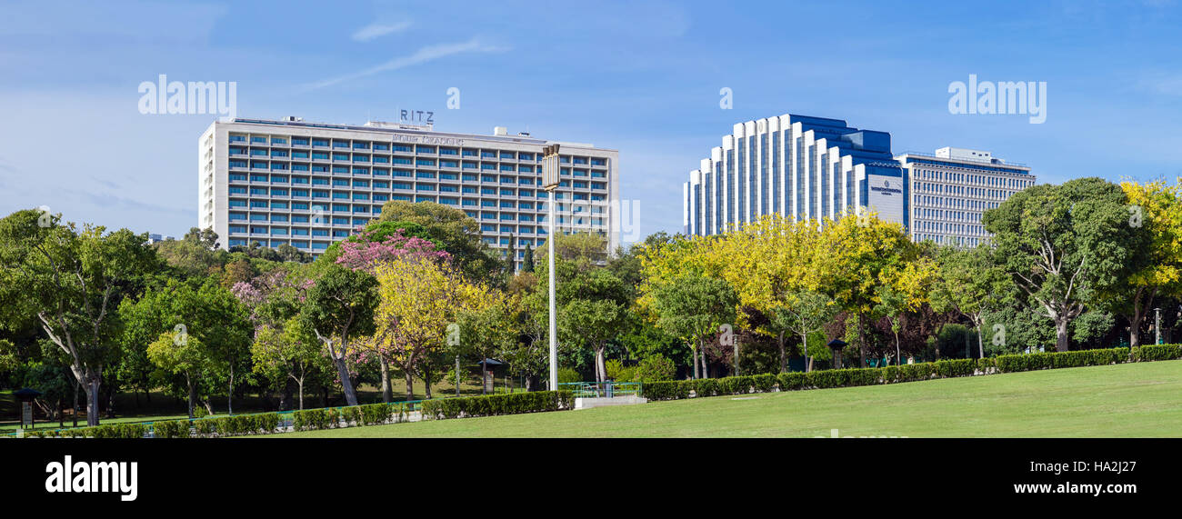 Four Seasons Ritz (left) and Intercontinental (right) Hotels. Two five star hotels located next to the famous Eduardo - Stock Image