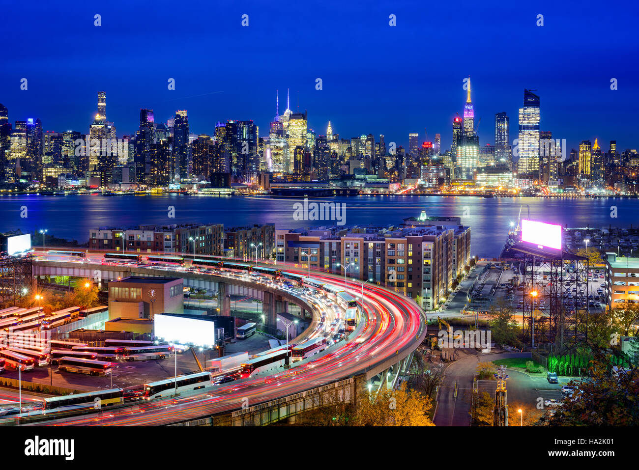 New York City skyline over The Helix Loop. - Stock Image