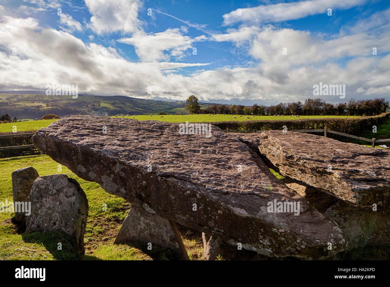 Arthur's Stone Burial Chamber near Bredwardine Herefordshire overlooking Black Mountains England UK - Stock Image