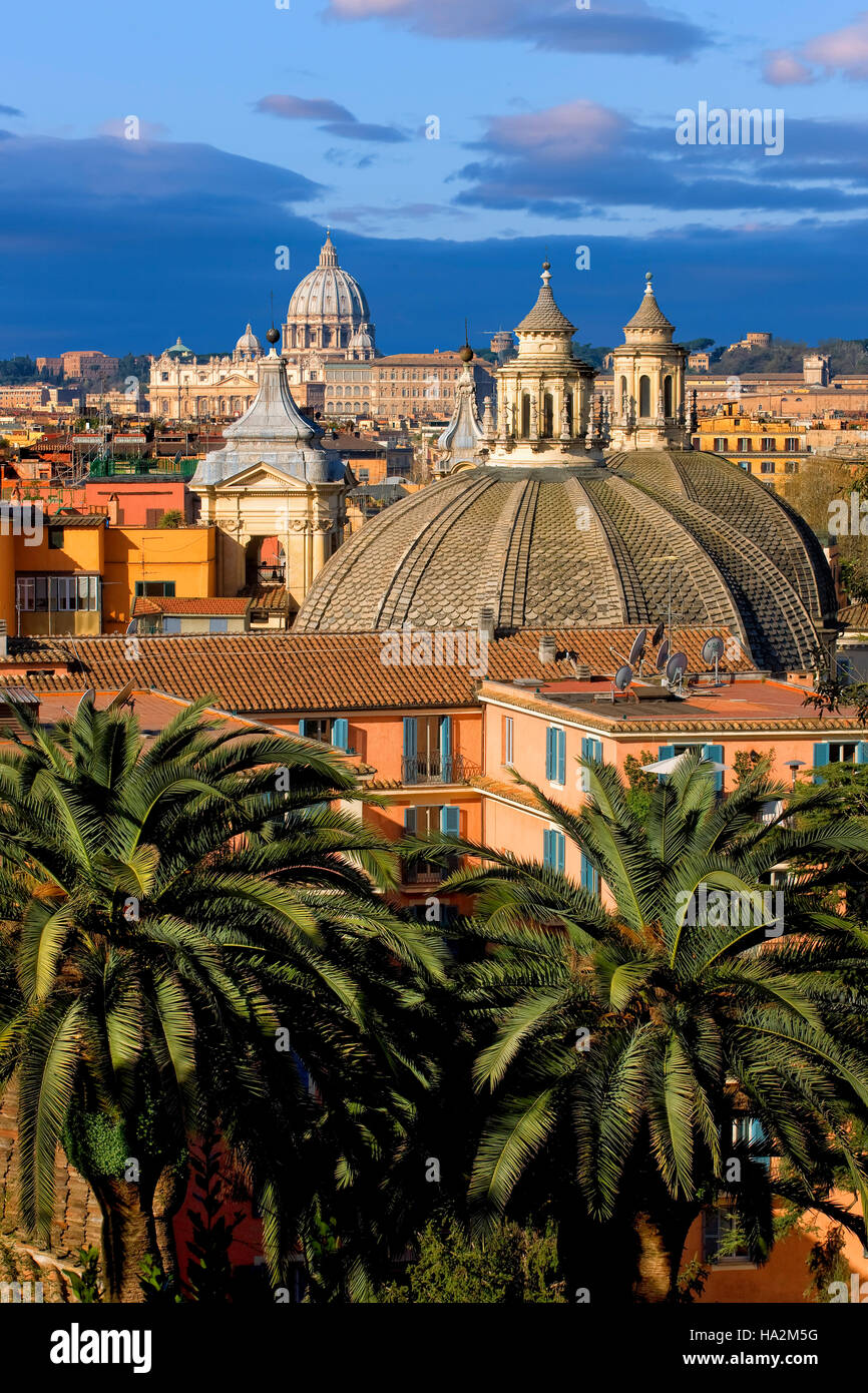 Overview of Rome with St Peter's in the background, Rome, Italy - Stock Image