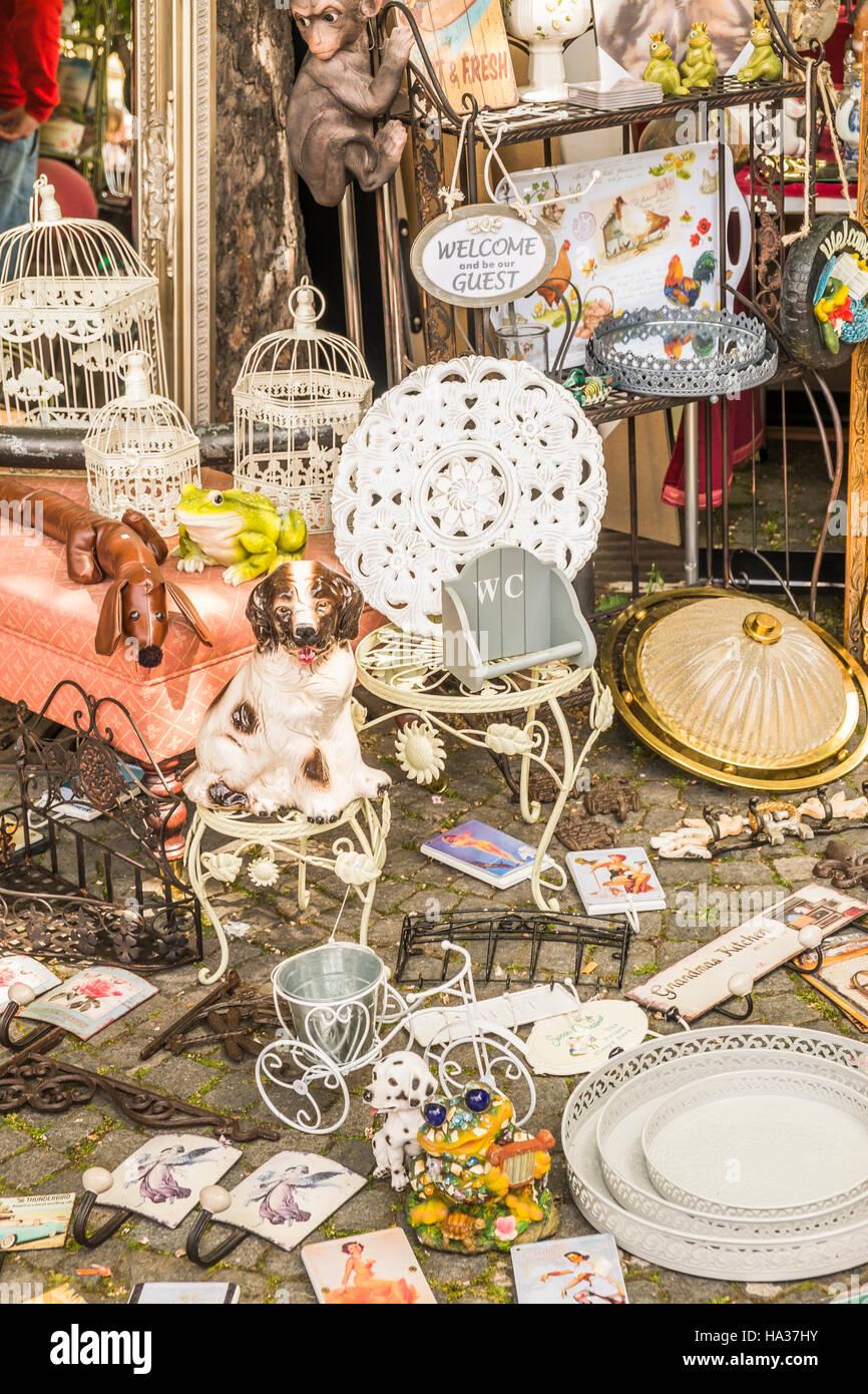 flea market kitsch at traditional stuttgart spring flea market - Stock Image