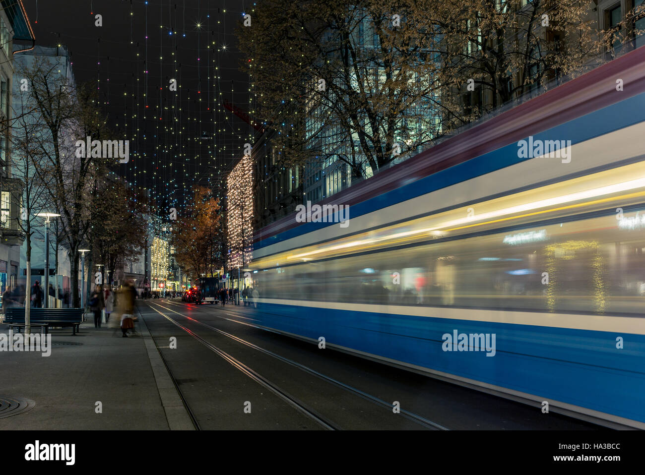 Christmas shopping in the decorated Zurich Bahnhofstrasse - 4 - Stock Image