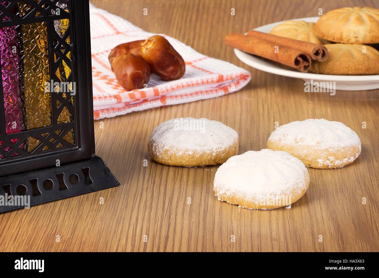 Popular Dessert Eid Al-Fitr Feast - eid-el-fitr-cookies-dates-lantern-and-kaak-el-eid-HA3X63  HD_577060 .jpg