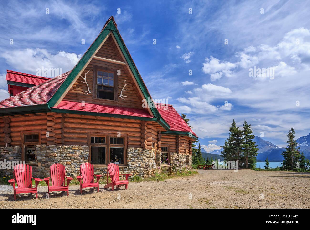 Num-Ti-Jah Lodge, Banff National Park, Alberta, Canada. - Stock Image