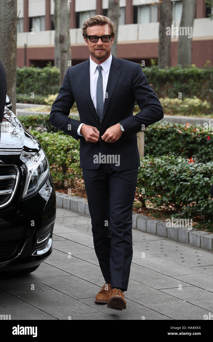 Tokyo, Japan. 27th Nov, 2016. Australian actor and director Simon Baker attends The 36th running of The Japan Cup Stock Photo