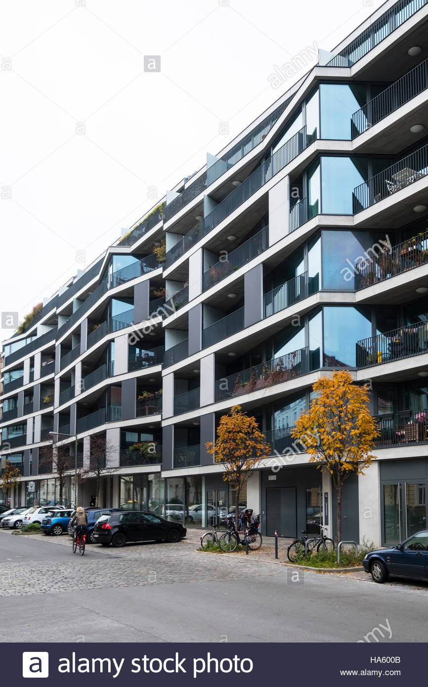 Modern residential apartment building development at Pettenkoferstrasse in Friedrichshain , Berlin, Germany - Stock Image