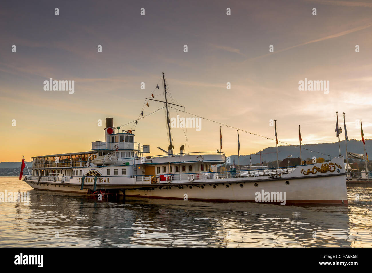 RAPPERSWIL, SWITZERLAND - AUGUST 17, 2014: Historical steam boat 'Stadt Rapperswil' preparing for cruise. - Stock Image