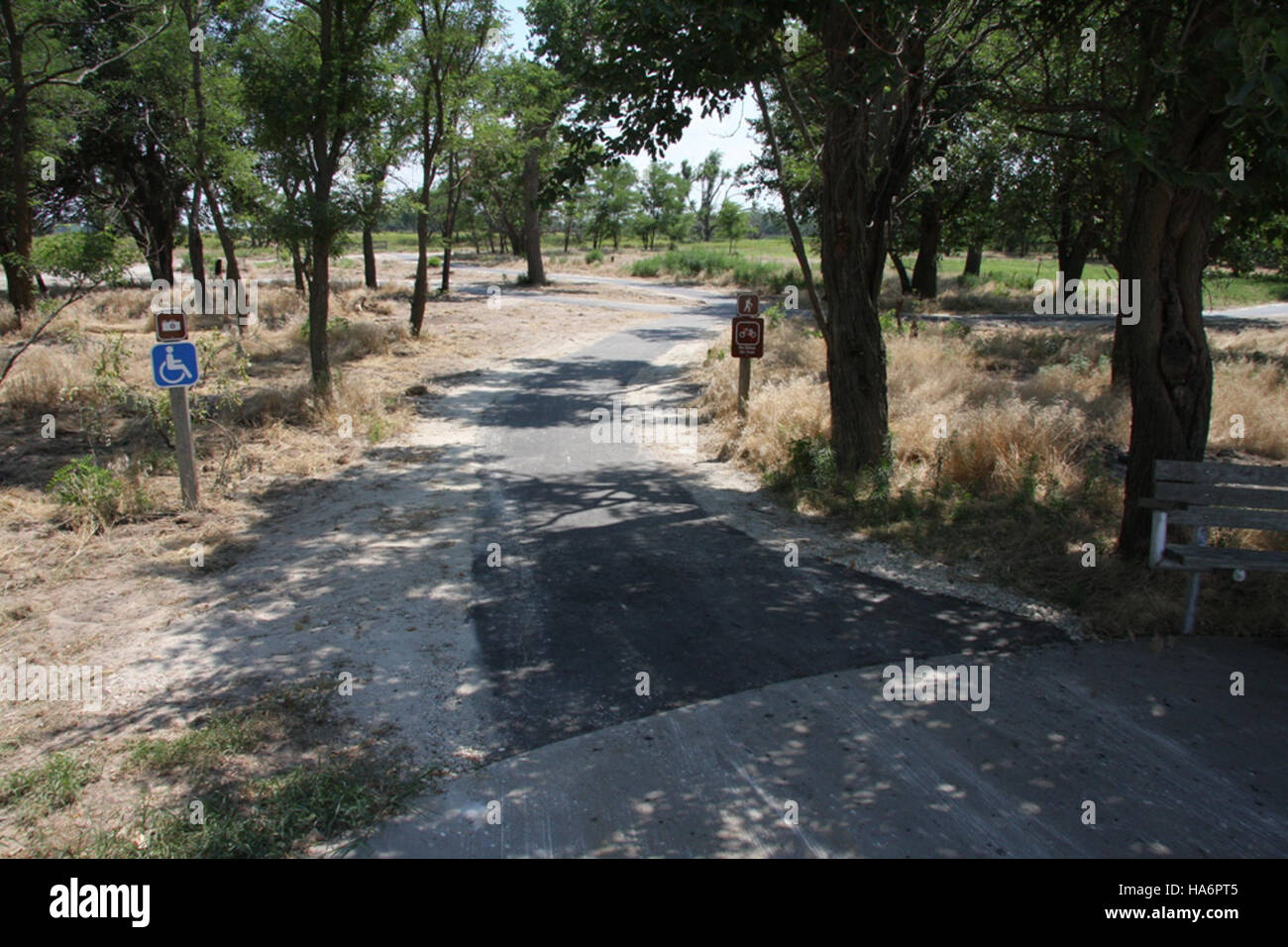 fws-recovery-act-projects 5765273172 05-05-11 Migrants Mile Asphalt Completed Entrance 7-1-2010 001 - Stock Image