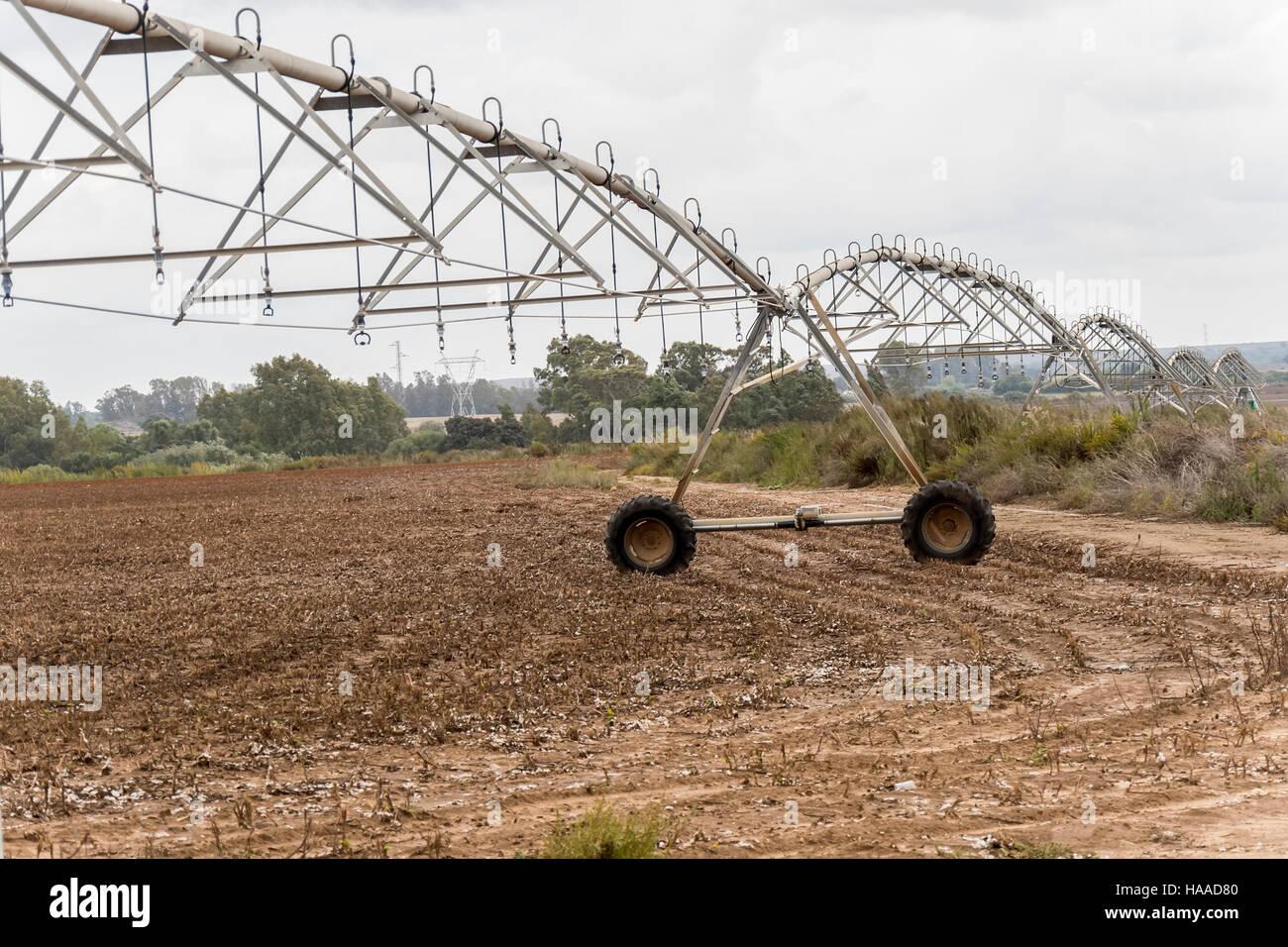 Irrigation pivot system watering - Stock Image