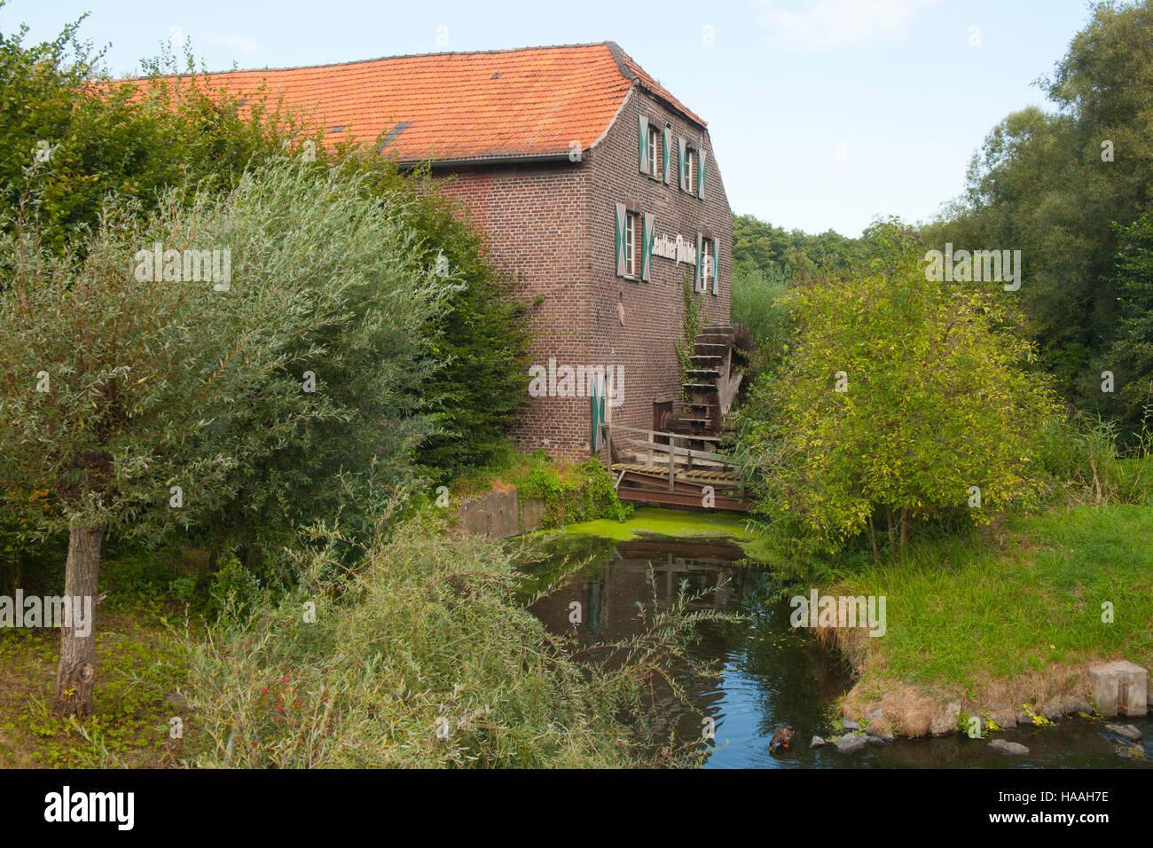 Deutschland, Nordrhein-Westfalen, Kreis Viersen, Nettetal-Leuth, Leuther Mühle - Stock Image