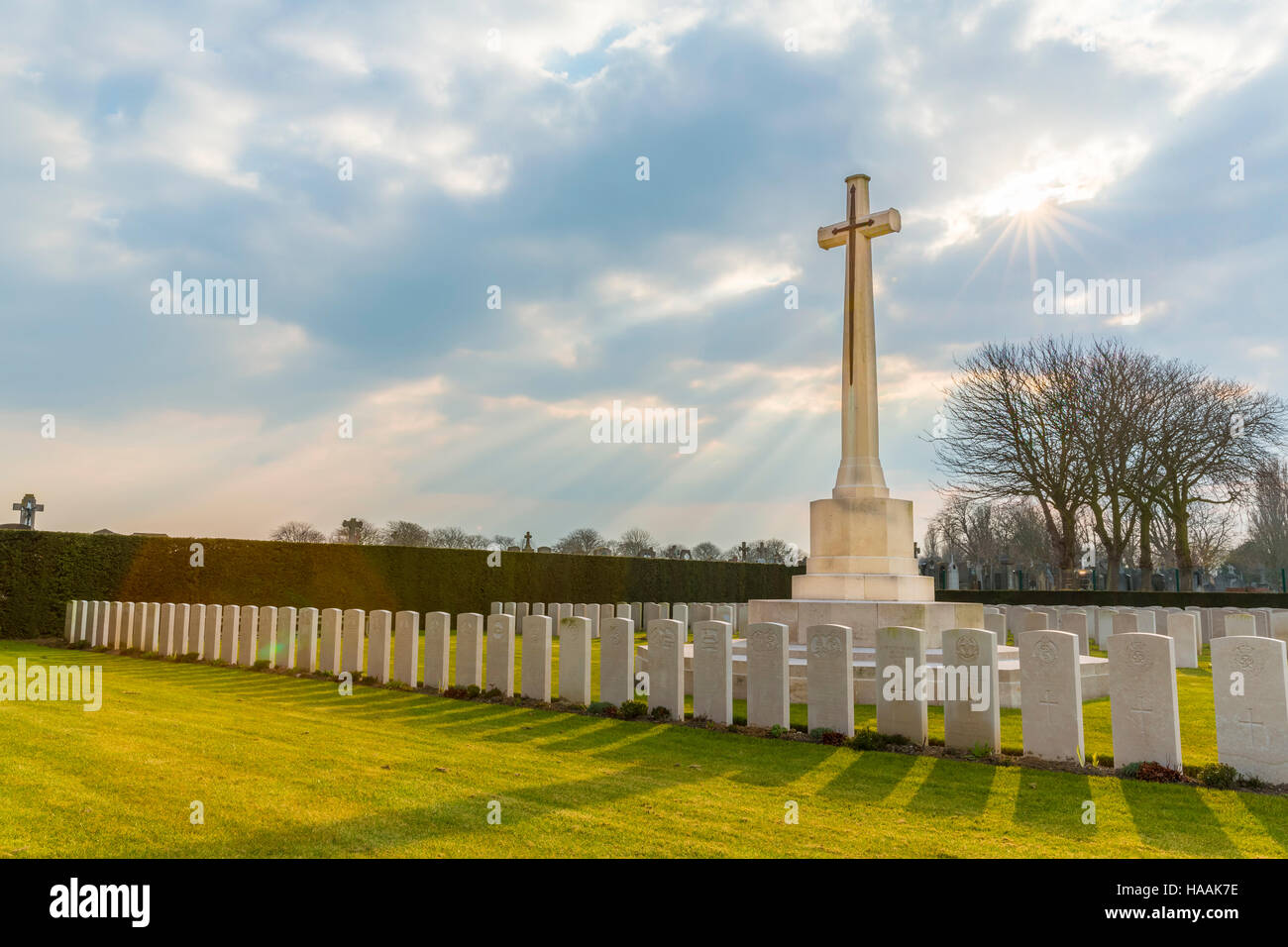 The Commonwealth War Graves Commission (CWGC) DUNKIRK MEMORIAL CEMETARY, Dunkerque, France - Stock Image