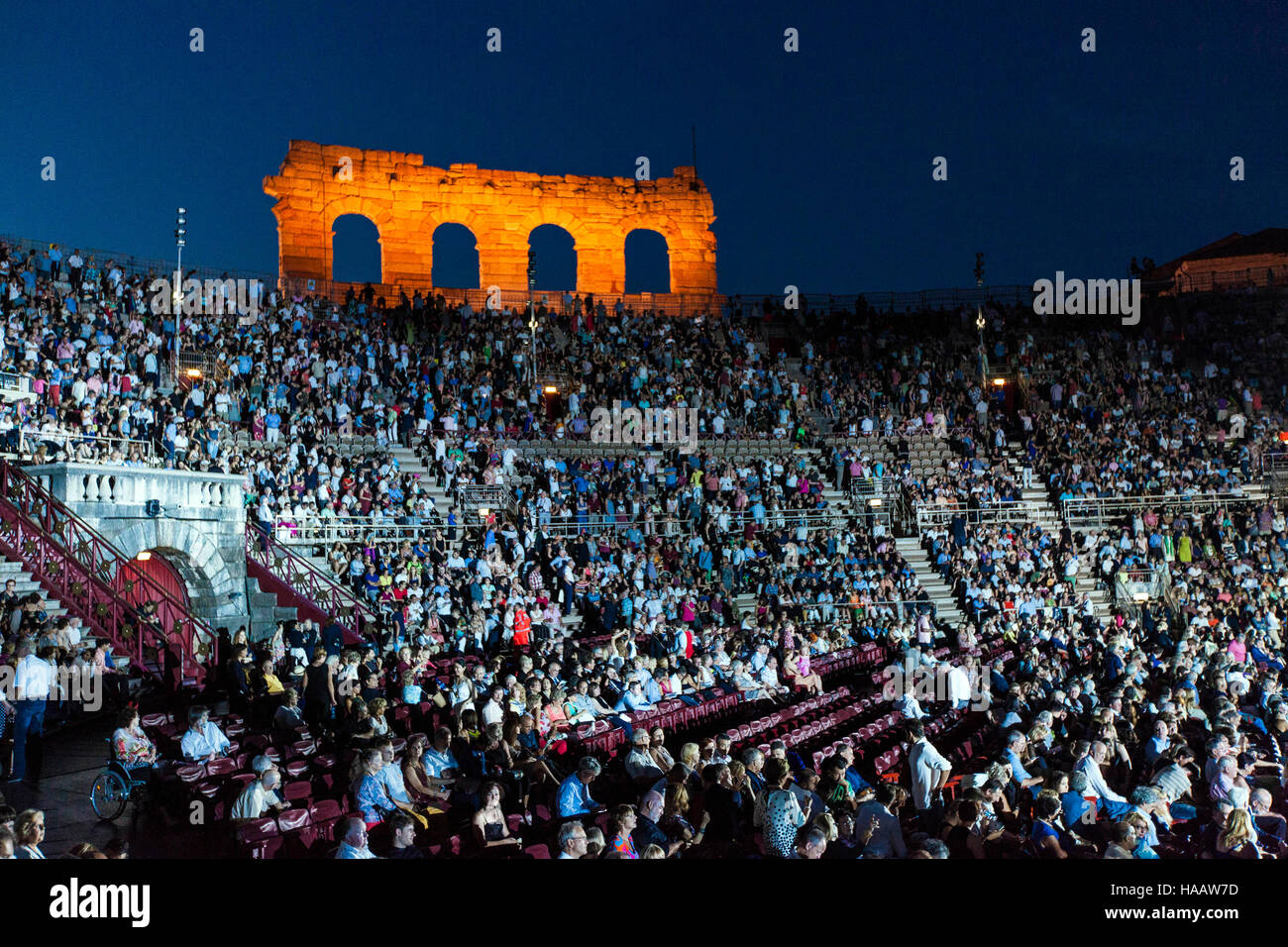 Audience in the Amphitheatre with a performance of the opera Aida in progress, Verona 24 /07/2016    Credit © - Stock Image