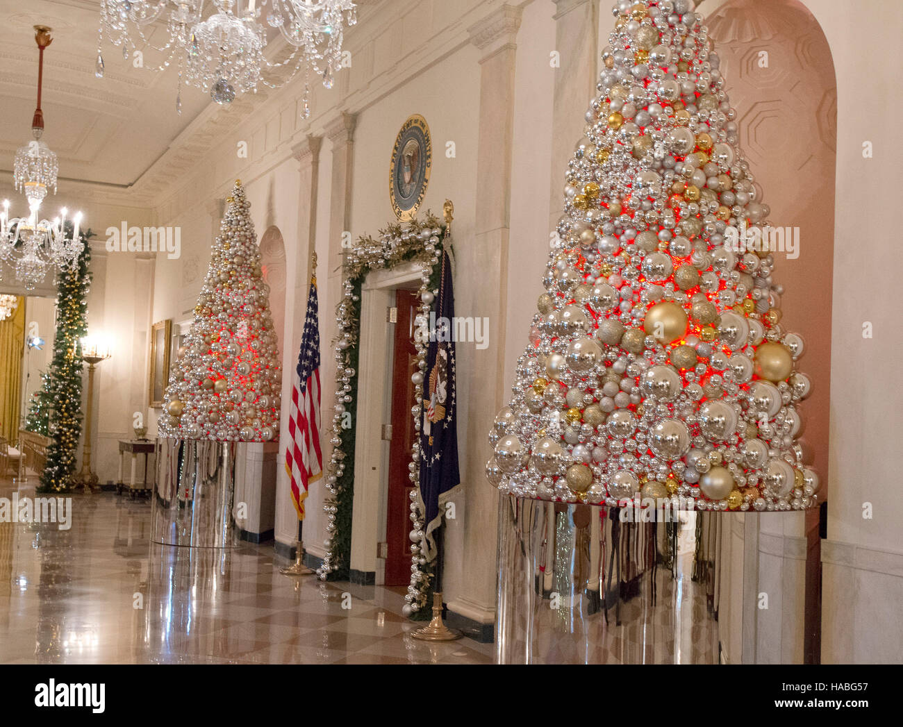 the 2016 white house christmas decorations are previewed for the press at the white house in