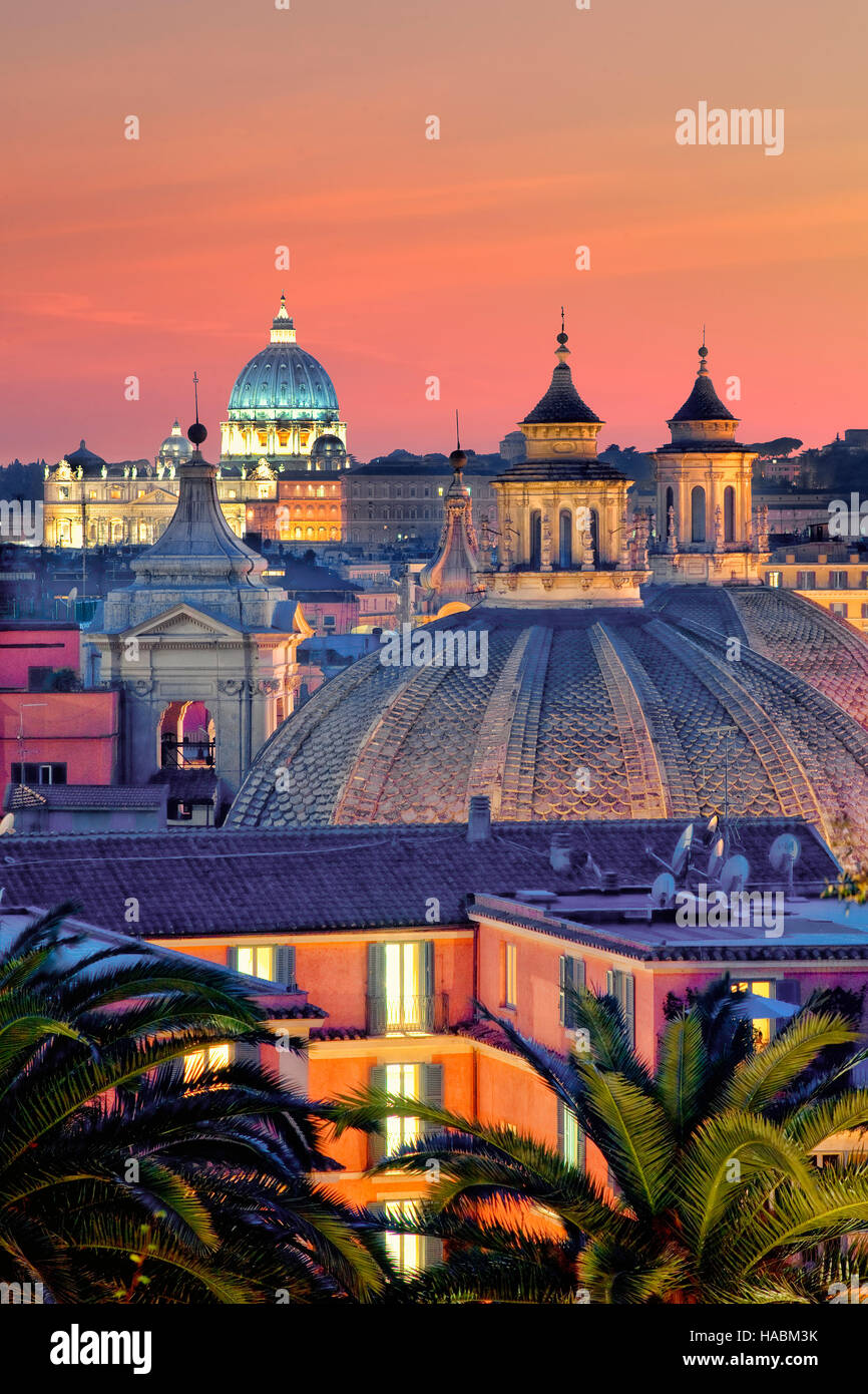 St Peter's basilica and Rome skyline - Stock Image