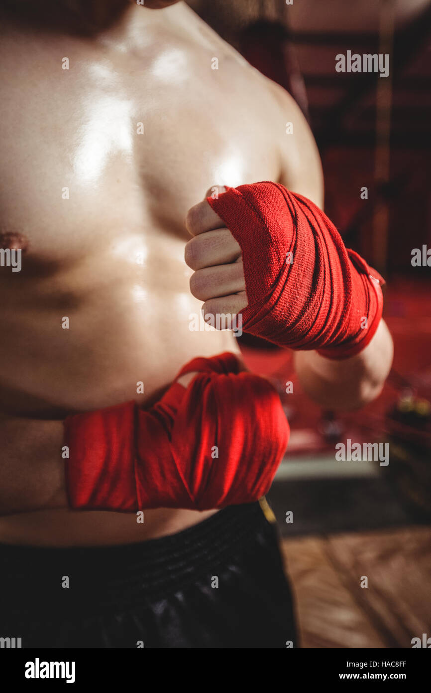 Boxer wrapping boxing strap - Stock Image