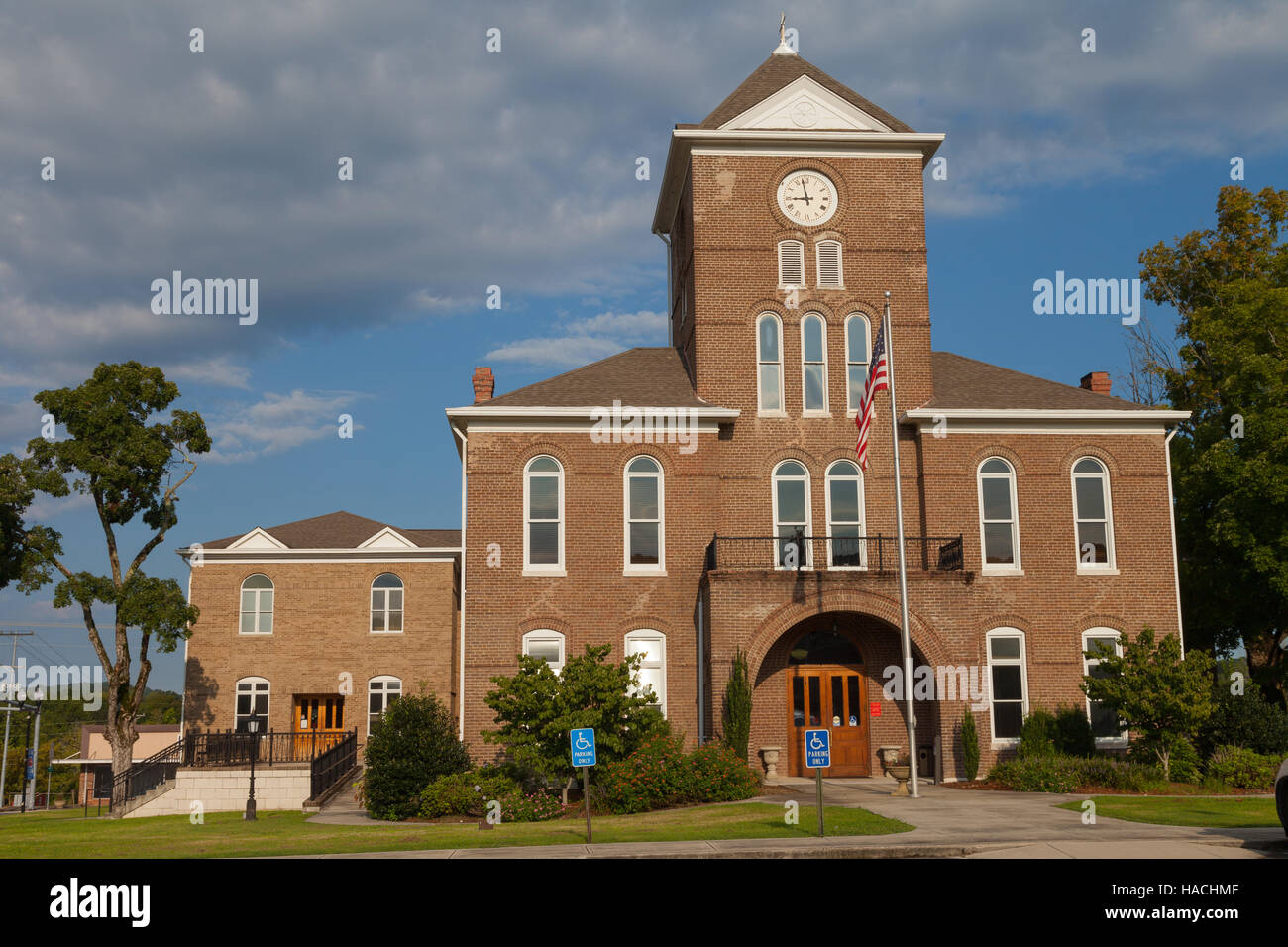 Meigs County Courthouse Front - Decatur, TN - Stock Image
