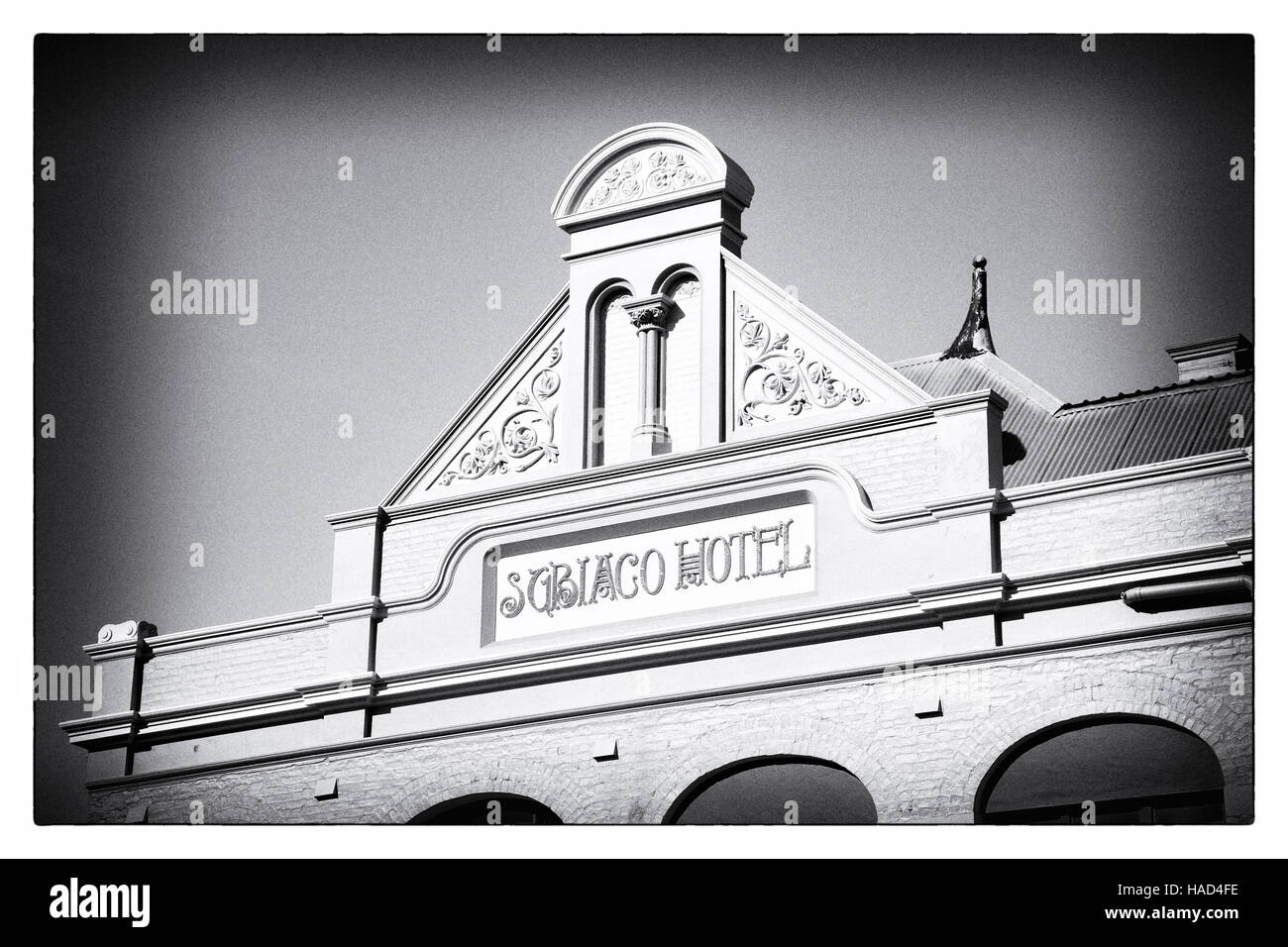 The pediment of Subiaco Hotel in Perth, Western Australia, is a splendid example of the fine colonial architecture - Stock Image