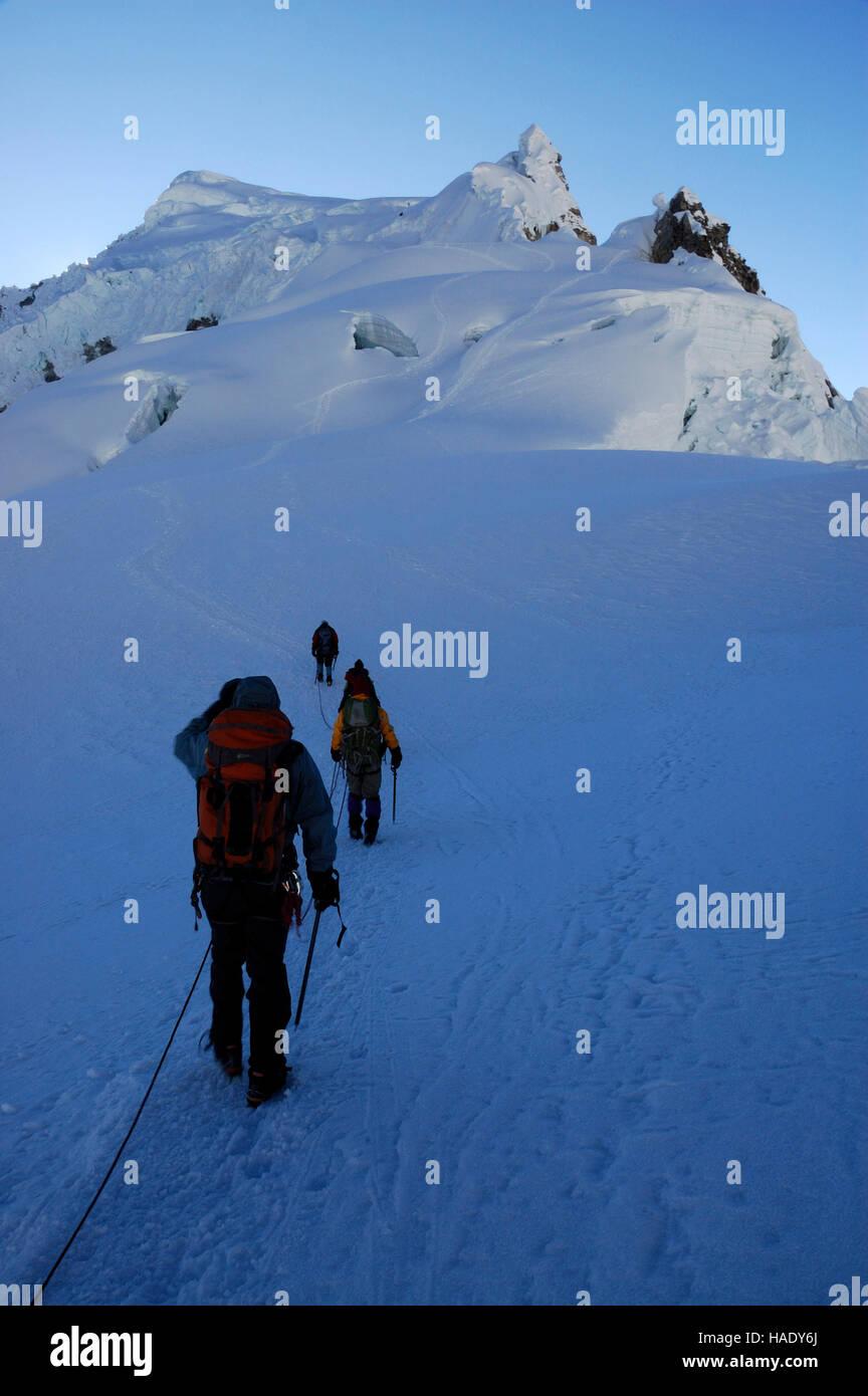 Mountaineers on Pisco mountain, 18897 ft / 5760 m, Peru, South America Stock Photo