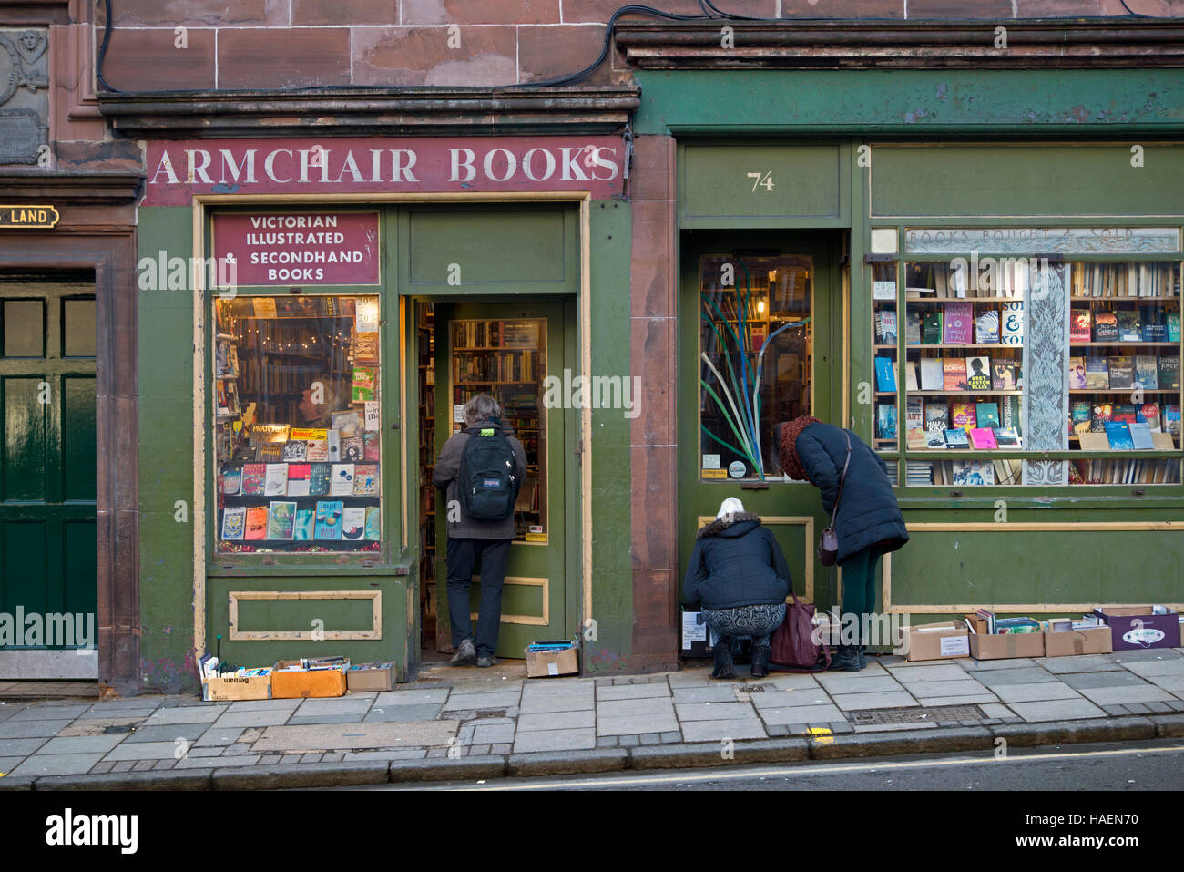 Armchair Books, a well-loved, charming, chaotic antiquarian and secondhand bookshop in West Port, Edinburgh, Scotland, - Stock Image
